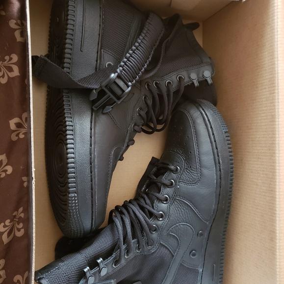 pretty nice 3fbcd 00721 Nike SF Air Force 1 High Triple Black